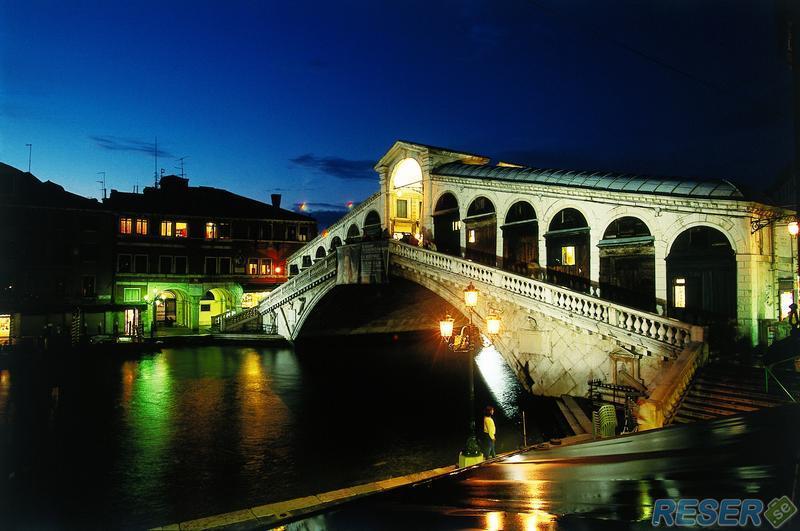Rialto-bron i Venedig