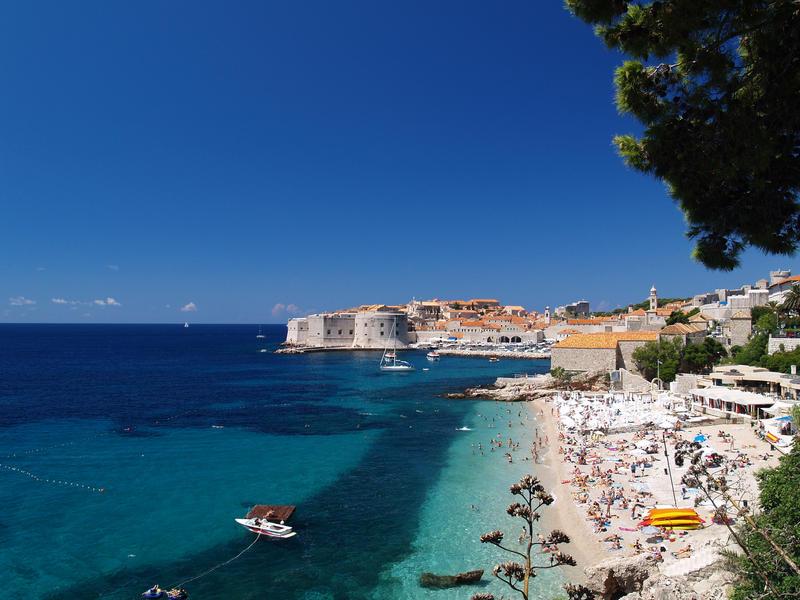 En härlig bild av Dubrovnik under sommaren